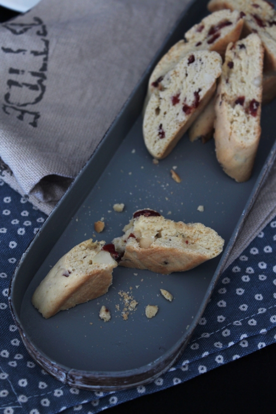 Macadamia Cranberry Biscotti with Maple Syrup